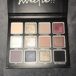 Kylie Cosmetics Momager Palette